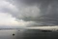 rain_clouds_niteroi_bridge